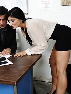 Free Secretary Pics
